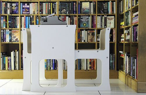 Teanest compact table and chair set