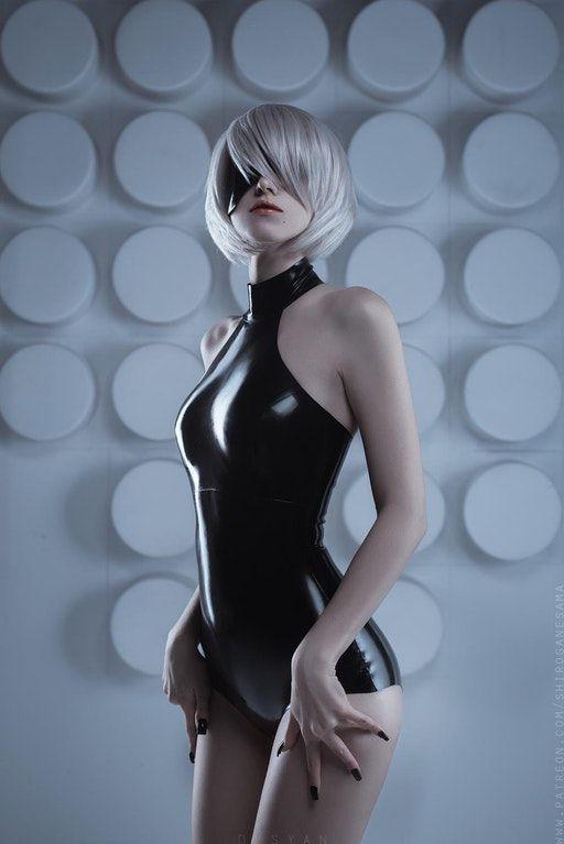 2B from Nier: Automata by Shirogane-sama @ instagram.com/shirogane_sama - More at https://pinterest.com/supergirlsart #nierautomata #shiroganesama #shirogane #sama #hot #sexy #cosplay #girl #cosplaygirl #latex #suit