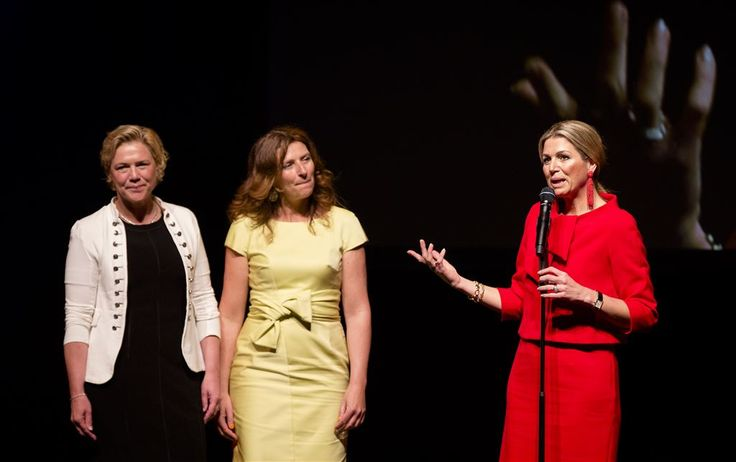 Queen Maxima attended the 10-year jubilee of the Foundation Vier het Leven (Celebrate Life) at Carre on May 3, 2015 in Amsterdam.