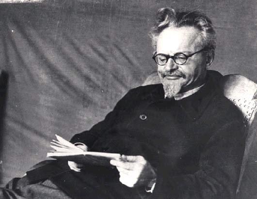 leon trotsky relationship with joseph stalin propaganda