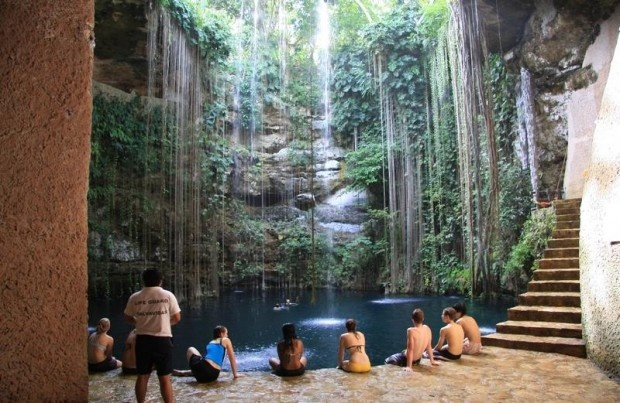 Ik kil cenote mexico.     10 Most Incredible Natural Pools in the World
