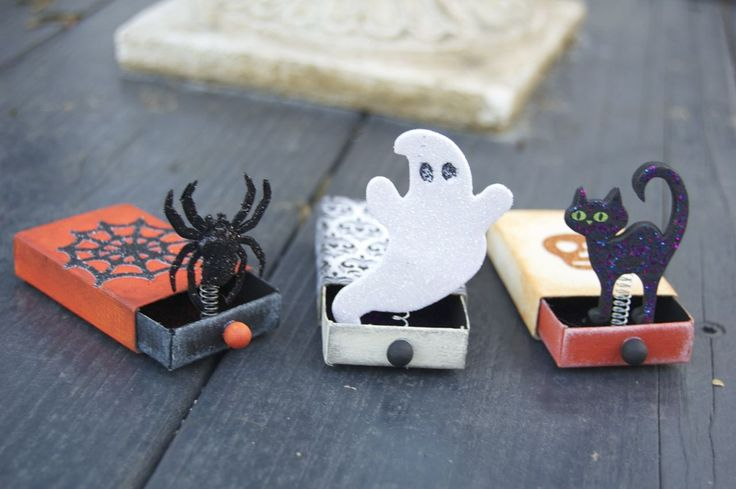 The First Halloween Craft of 2012