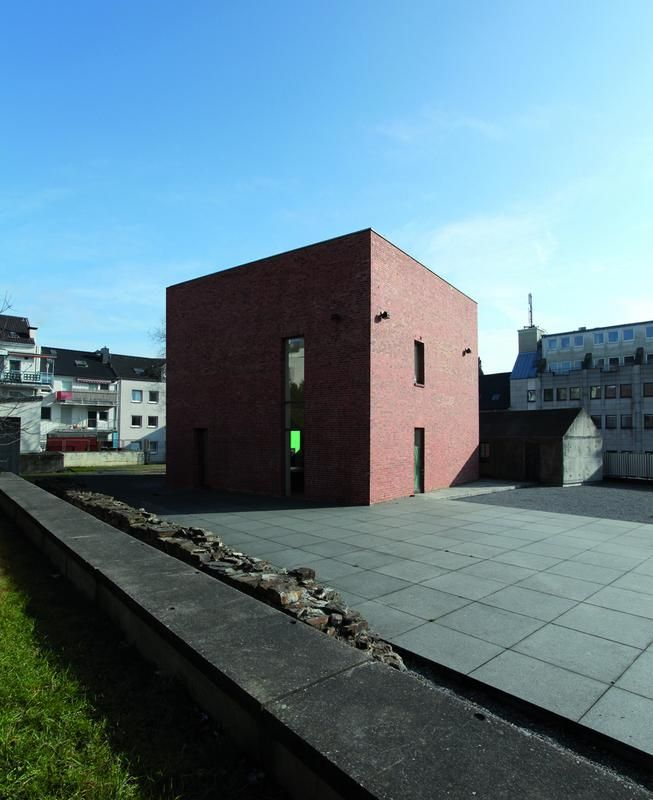 Begegnungsstätte Alte Synagoge. Mehr auf: http://www.coolibri.de/staedte/wuppertal/sehenswuerdigkeiten/begegnungsstaette-alte-synagoge-wuppertal.html