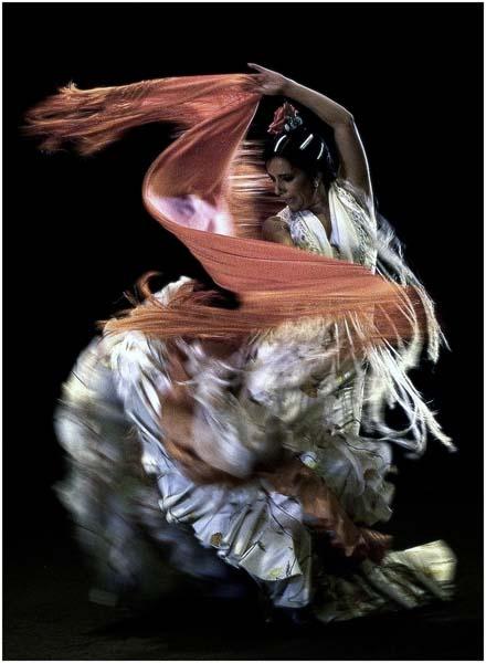 Eva Yerbabuena By Toni Blanco