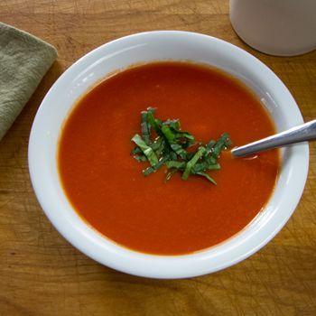 10-Minute Paleo Tomato Soup   easy gluten free, dairy free recipe   cookeatpaleo.com