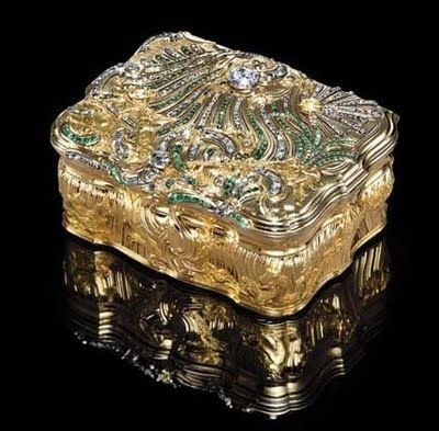 A Very Fine and Important Louis XV Jewelled Vari-Color Gold Snuff Box, Paris, 1742
