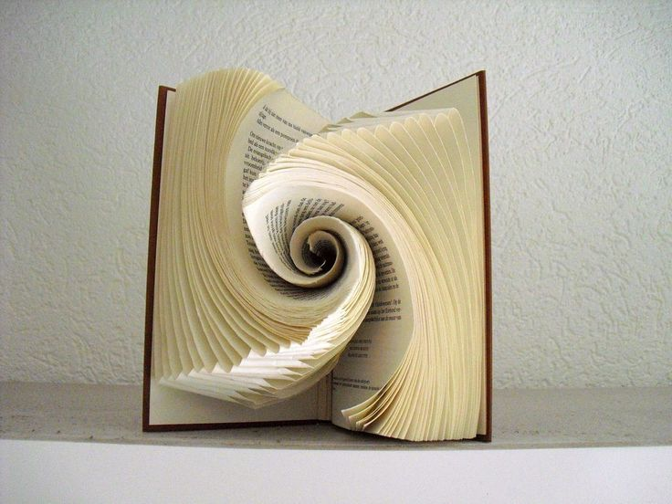This Secondhand Store Volunteer�s Book Folding Art Will Blow Your Mind!