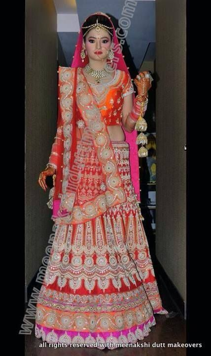 #bridal #lehenga www.weddingstoryz.com bridal wear ideas designs patterns lehenga outfit zari zardozi indian weddings pink orange
