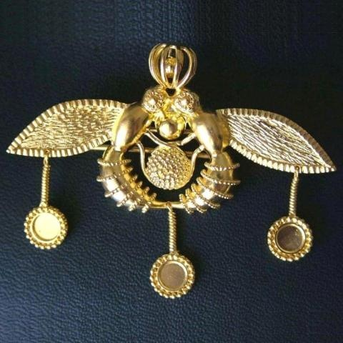 Pin 22-karat  Made in Greece    Parthenon Greek Jewelry