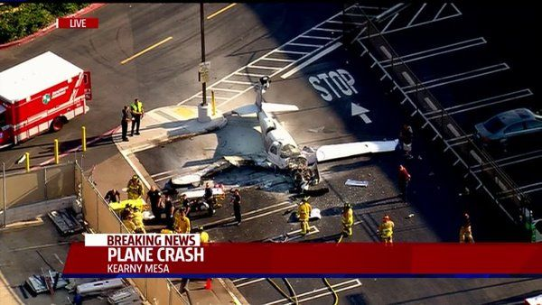 Plane crashes in San Diego parking lot; 1 dead
