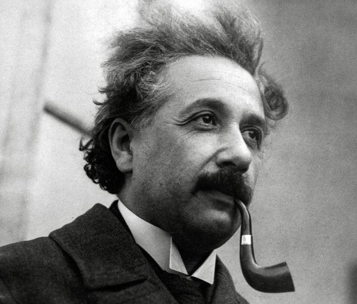 Pasión por la pipa - Diez detalles que marcaron la vida de Einstein - 20minutos.es