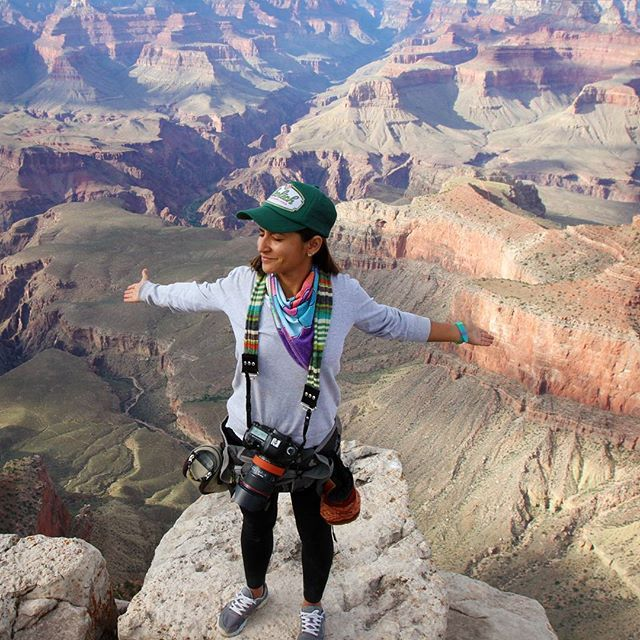 Grand Canyon  #arizona  #sunset #sky #mountains #beatriceaguirre #stillphotographer #stillphotography #stillphoto #cinematography #hike #hikersofinstagram #hiking #hikingadventure #hikingtrail #hikingday #hikerslife #hiker #bluesky #rocks #climbing #climb #hikes #elcondorpasa #visitmesa #grandcanyon #grancañon #nationalpark #grandcanyonnationalpark