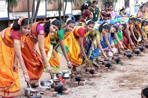 Holiday india gives you the oppourtunity to feel the experience of celebrating the Pongal festival one of the huge festival of Tamil Community of Tamil Nadu.