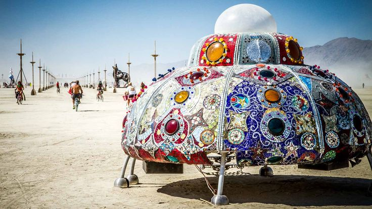 Let's travel to the Burning Man Festival in Nevada, USA with Travis White. #brc #burningman