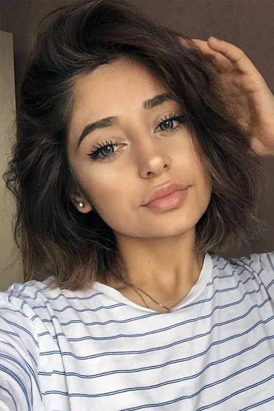short wavy hair cut + brunette makeup idea #hairstyles #makeup #beauty #shorthai… – short hairstyles