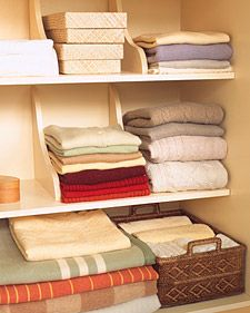#closet - need shelf dividers!