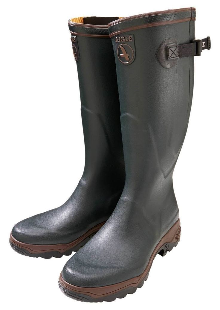 These Parcours 2 Vario wellington boots offer tough-wearing comfort and stability that looks fantastic. Designed for fatigue-free walking, the Parcours feature a shock absorbing sole that makes walking on harsh terrain as comfortable as possible. These wellies are adjustable for different sized calves.
