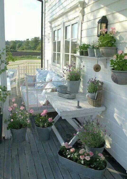 Shabby Chic Porch idea