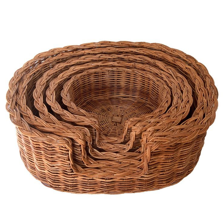 Classic Wicker Dog Basket in 5 Sizes - Kosmopolitan Baskets