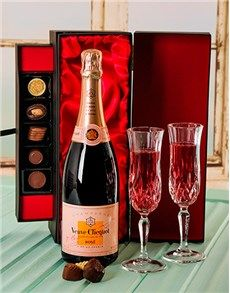 Birthday Gifts and Presents for Her: Luxury Veuve Clicquot  Champagne & Chocolate!