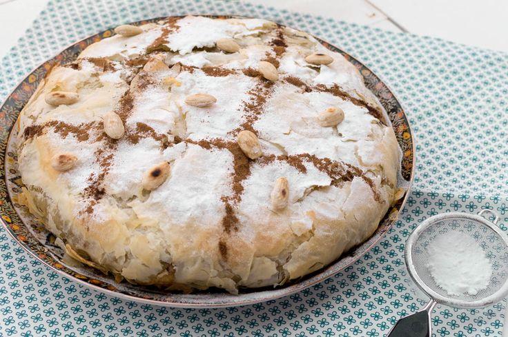 Recept voor bastilla met kip. Hét koningsgerecht van Marokko met een fantastische smaak. Met duidelijke uitleg over de vouwwijze van het filodeeg