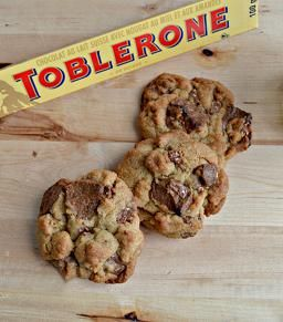 YUMMY Toblerone Cookies! My fav!