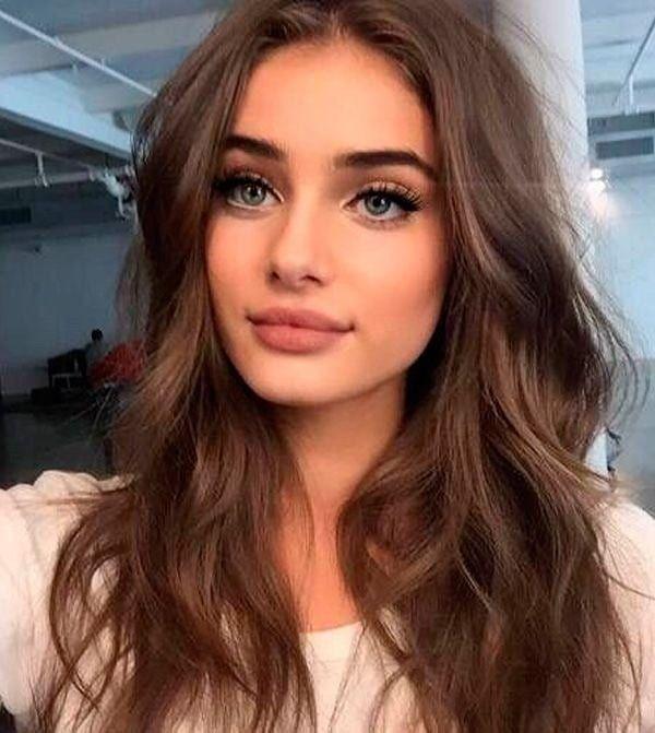 No Makeup Makeup Look But Trust Me She S Wearing More Makeup Than You Think Natural Prom Makeup Hair Styles Hair Makeup