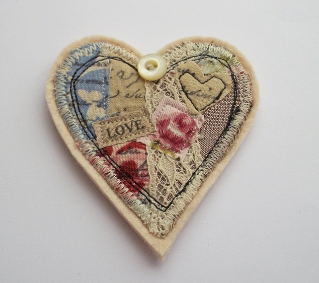 This is pretty inspiration...  Textile Heart Brooch £12.00