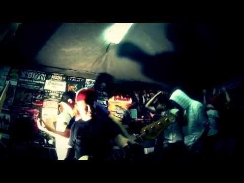 CRIPPLED FOX - Thrash Yourself (OFFICIAL VIDEO 2013.) - YouTube