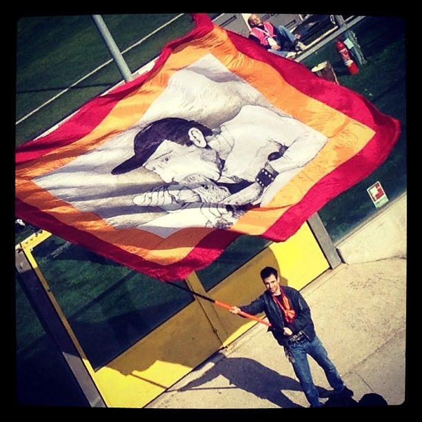 Alberto Sordi in curva: Roma La, Roma Support