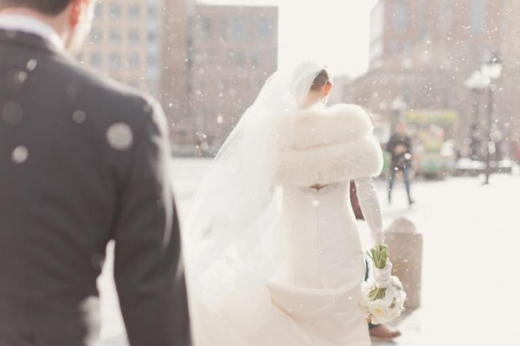 18 Photos That Will Have You Dreaming of a Winter Wedding | Photo by: Elisabeth Millay Photography | TheKnot.com