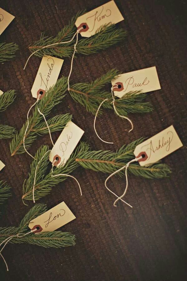 Clever eco christmasy name tags