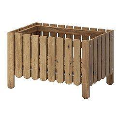 IKEA - ASKHOLMEN, Jardinière, Vous pouvez placer la tablette au fond de la jardinière ou plus haut, suivant la manière dont vous voulez exposer vos plantes.Pour accroître sa résistance et que vous puissiez apprécier l'aspect naturel du bois, ce meuble a été prétraité avec plusieurs couches de teinture pour bois semi-transparente.