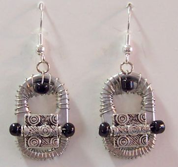 Earings from recycled can openers
