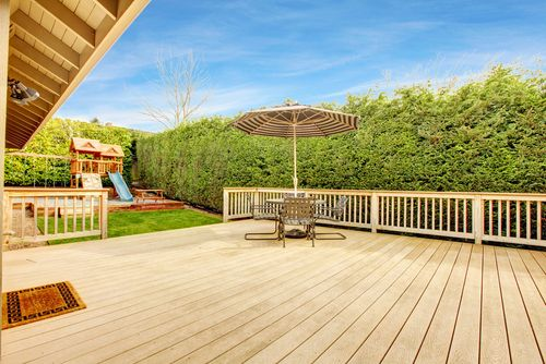 Building a #deck this summer? While you're putting together your design for the city, think about what functionality you want. http://goo.gl/7SF6Tv