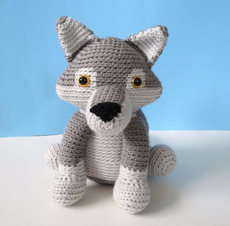 Wolf crochet pattern: download on LoveCrochet