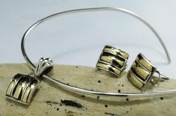 Plata  925 con Lámina de Oro 14K ₡60000  Toda la mercadería con 50% de descuento hasta el 24 de diciembre Aprovercha !!!!  Tel 22193775 ó 83035303