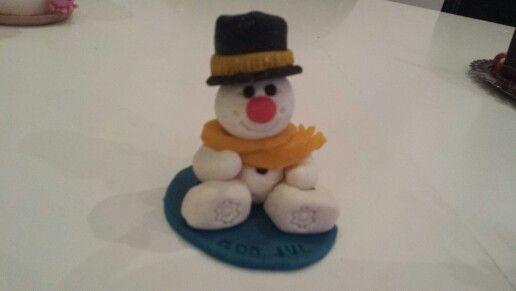 Snowman marzipan figurine. Snemand i marcipan.