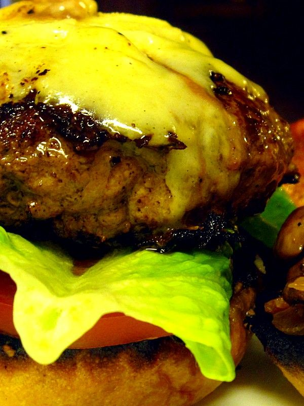 Forget the Grill: Five Tips for the Perfect Burger - Clean Plate Charlie