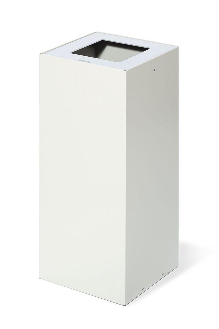 Jetzt bei Desigano.com Riga basic Papierkorb 50l Abfalleimer von mobles 114 ab Euro 203,00 € https://www.desigano.com/abfalleimer/1253-riga-basic-papierkorb-50l-mobles-114.html Ein formales Design, hinter dem sich der Einfallsreichtum von gebogenem Edelstahlblech verbirgt; eine Kombination aus Technologie und Design und das Ergebnis einer Materialstudie und der Optimierung der Produktionsressourcen machen den Papierkorb RIGA zu einem Produkt mit den besten Leistungen und Merkmalen und…