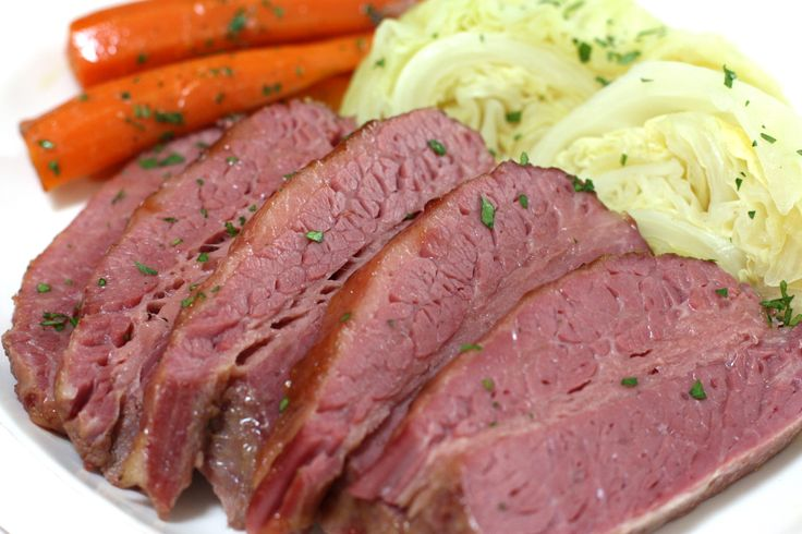 Very Culinary – Slow Cooker Corned Beef and Cabbage