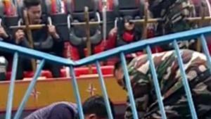 Seorang Gadis Tewas Terlempar dari Wahana di Taman Hiburan Cina