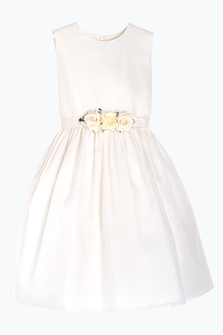 Ceremony sleeveless dress with a round neckline in precious ivory organza. The dress is decorated with a beautiful belt of ivory roses handmade.