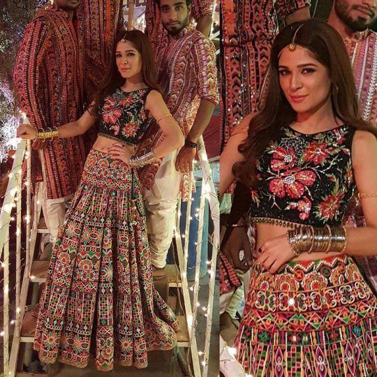 Ayesha Omar wearing Nomi Ansari