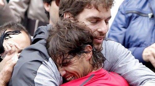 El crack del baloncesto mundial Pau Gasol y el tenista Rafa Nadal hacen una pareja perfecta como amigos y deportistas. Su relación de especial amistad comenzó a labrarse hace años, coincidiendo en diversas citas deportivas