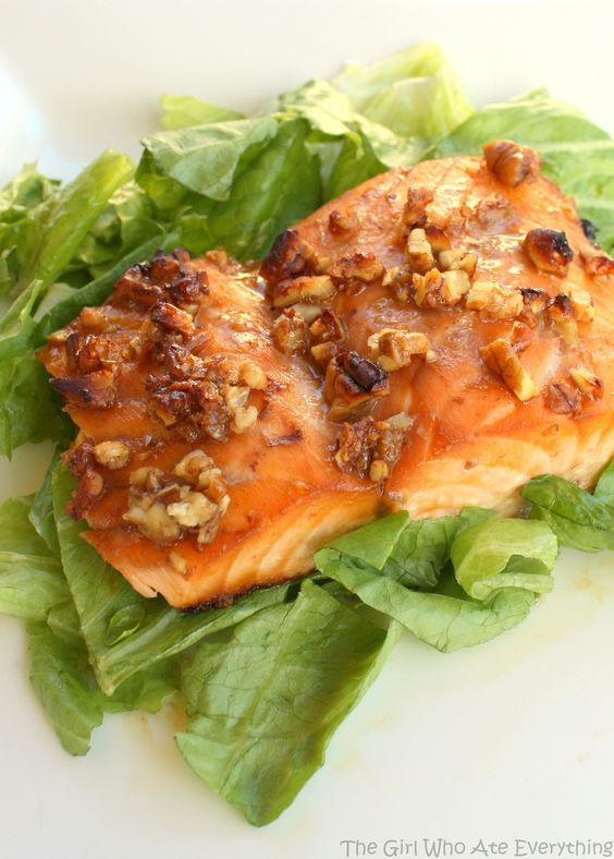 This is so easy and so good. We eat this salmon at least onceevery twoweeks.Don't let the fact that this is a Weight Watchers recipe fool you, it's delish. Even my family, who aren't big fish eaters, love this meal. Honey and Pecan-Glazed Salmon Print Ingredients ¼ cup honey 4 teaspoons finely chopped pecans 1 …