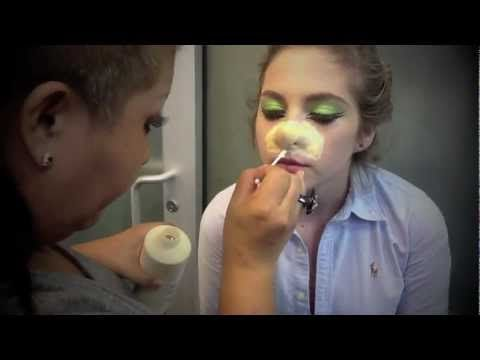 Special Effects Nose Application and Make-Up (Holiday Special)