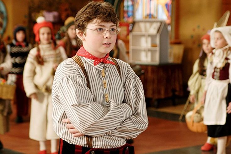 Spencer Breslin in The Santa Clause 3: The Escape Clause (2006)