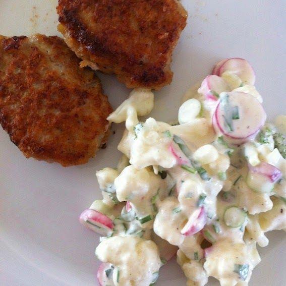 "LCHF-HVERDAG: LCHF-""kartoffel""-salat lavet med blomkål"