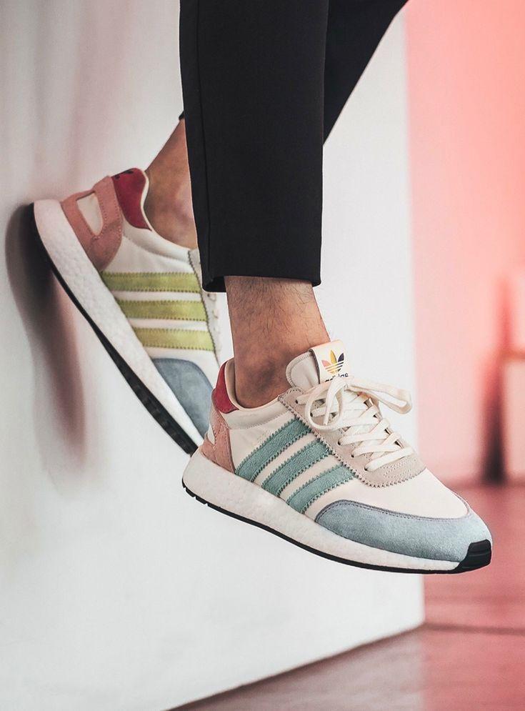 Trendy Women's Sneakers : adidas Originals I 5923